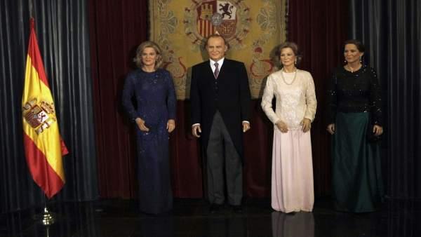 La Familia Real 'mengua'