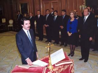 El cuarto presidente en jurar su cargo fue José María Aznar