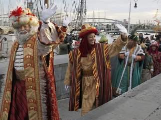 Los Reyes llegan en barco