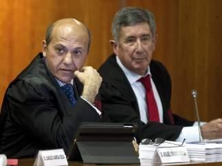 José María del Nido y su abogado