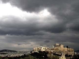 Nubarrones sobre la Acrópolis