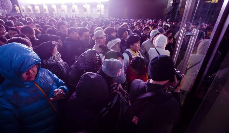 Locura por el Iphone 4S en China