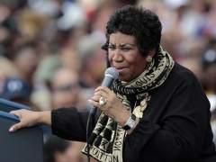 Aretha Franklin, en estado grave pero animada y consciente, según su sobrino