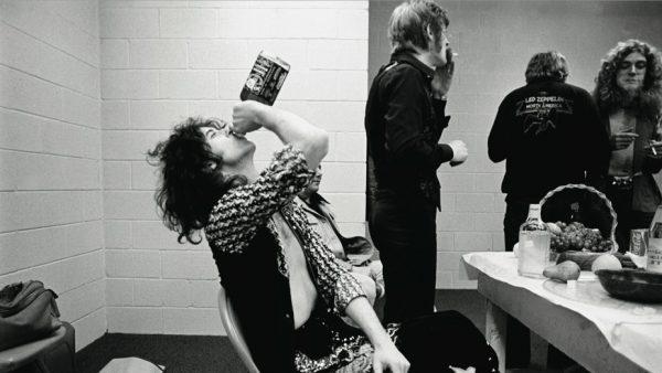 Jimmy Page, el influyente guitarrista de Led Zeppelin, cumple 70 años