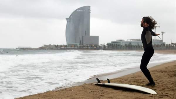 Un surfista en Barcelona
