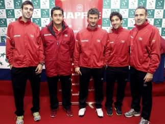 El equipo de Copa Davis con Corretja a la cabeza