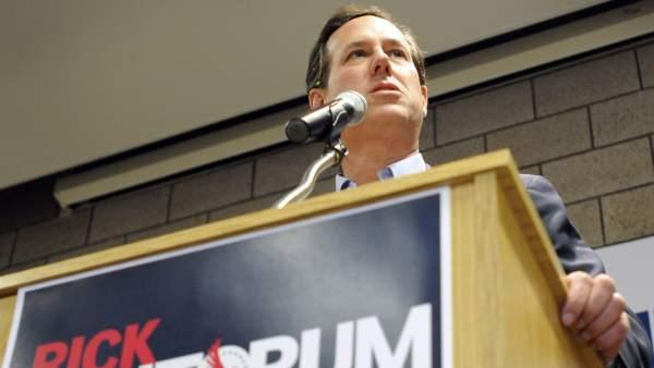 El candidato presidencial del partido republicano Rick Santorum