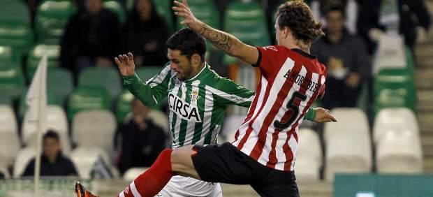 Molina y Amorebieta en el Betis - Athletic
