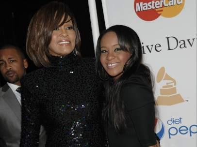 Whitney, con su hija
