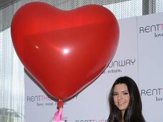 Kendall Jenner celebra San Valentín