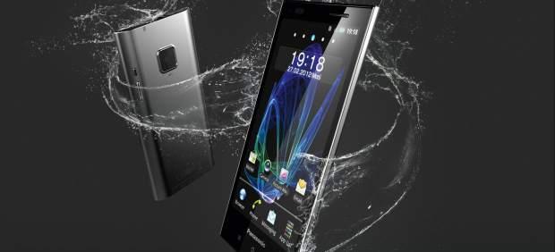 Panasonic regresa al mercado de los 'smartphones' en Europa con un móvil sumergible