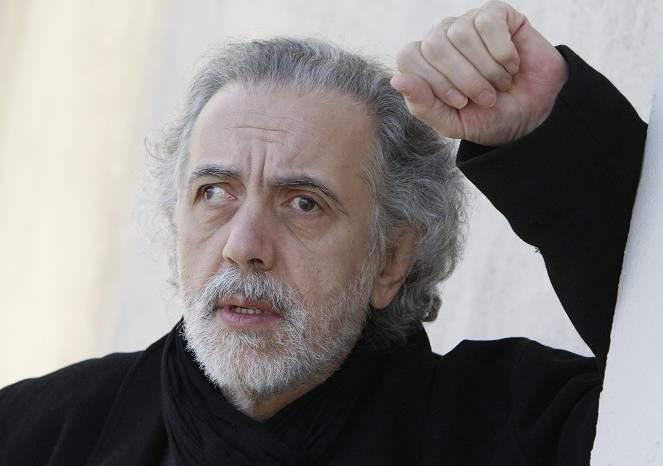 """Sanz: """"Un patriota es el que paga sus impuestos, como Fernando Trueba"""""""