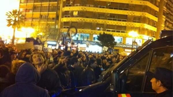 Protesta frente a Delegación de Gobierno