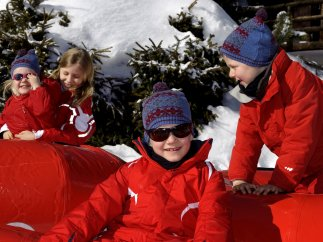 Eleonore, Elisabeth, Gabriel y Emmanuel de Bélgica