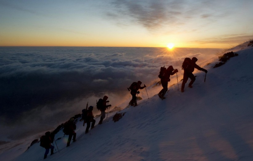 Resultado de imagen para escalando monte fuji