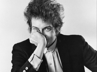 'Bob Dylan Hand to Face'