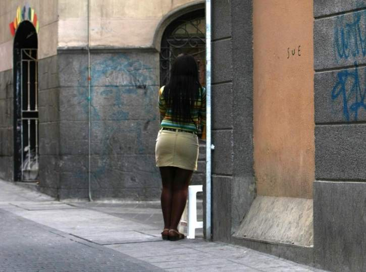 prostitutas en elche legalización prostitución españa