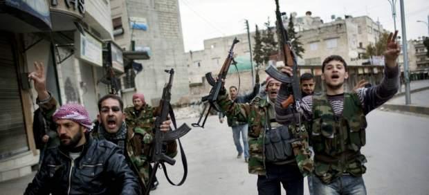 Rebeldes sirios en la ciudad de Idlib