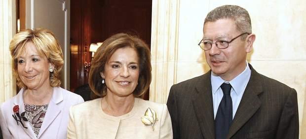 Aguirre, Botella y Gallard�n