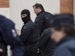 M�s de 2.000 registros y 210 arrestos en Francia en el estado de emergencia