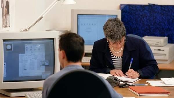 Los contratos fijos para mayores de 45 a os registran la for Oficinas randstad madrid