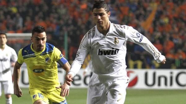 Cristiano Ronaldo ante el Apoel