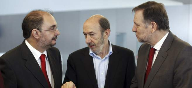 Javier Lambán, con Rubalcaba e Iglesias