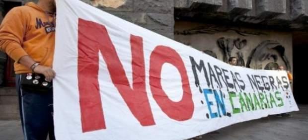 Manifestación contra las prospecciones petrolíferas en Canarias