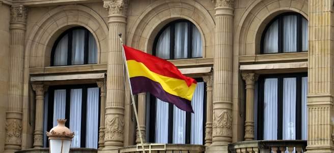 La bandera republicana en San Sebastián