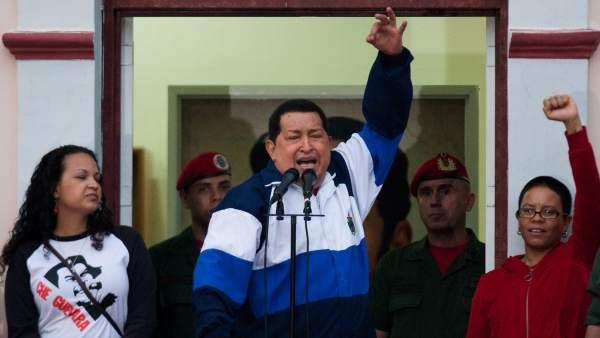 Chávez antes de la cumbre de las Américas