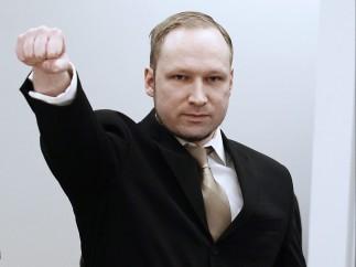 Saludo fascista de Breivik