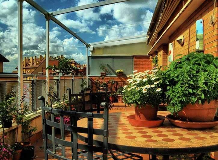 Luces de verano c mo iluminar mejor la terraza y el jard n - Iluminacion para terrazas ...