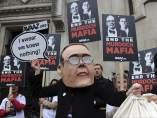 Protesta contra James Murdoch