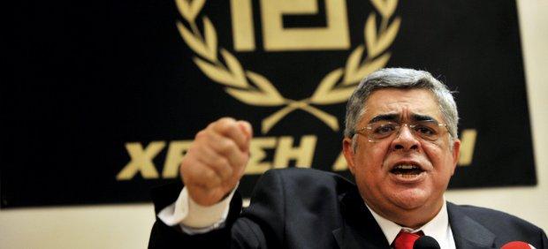 El líder del partido neonazi griego Amanecer Dorado declara este miércoles ante el juez