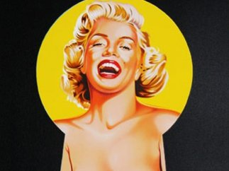 'Peek-A-Boo (Marilyn)'