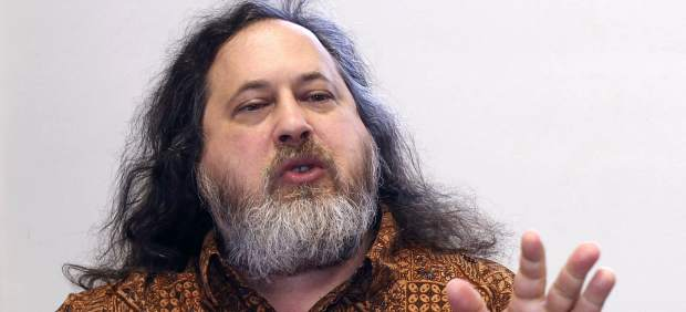 """Stallman, padre del 'software' libre: """"Apple es el peor enemigo de la libertad del usuario"""""""