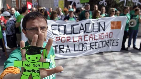 """La Educación """"no es recortable"""""""