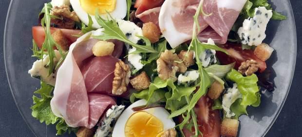 Las ensaladas un plato estrella que aporta muchas - Ensaladas con pocas calorias ...