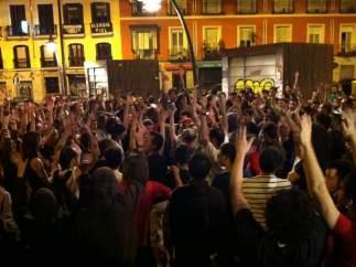Asamblea nocturna en Tirso