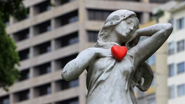 Estatuas con corazón