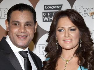 Sammy Sosa y su esposa