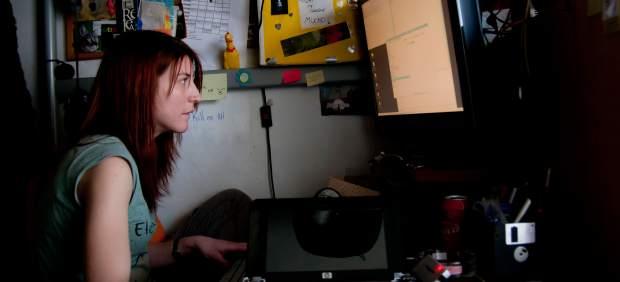 Mujeres de hoy al ciberpoder