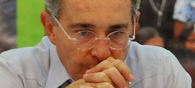 Santos invita al expresidente Uribe a reunirse para hablar del proceso de paz en Colombia