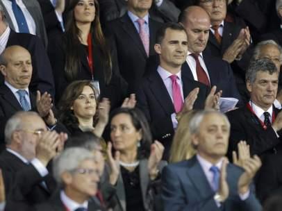 El Príncipe Felipe en el palco del Calderón