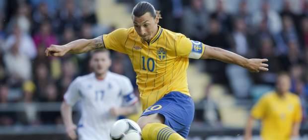 Ibrahimovic lidera el primer ensayo de Suecia ante Islandia