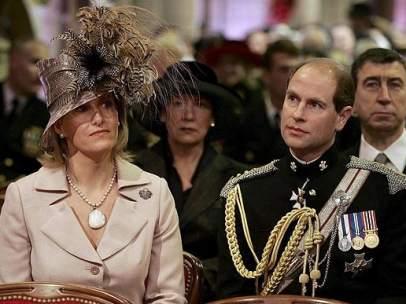 El príncipe Eduardo y su mujer Sophie Rhys-Jones