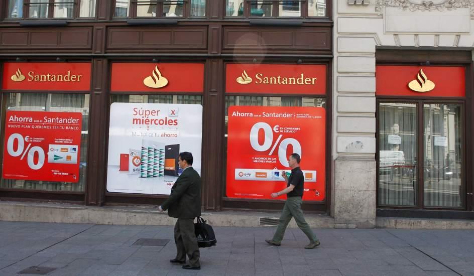 Los beneficios del banco santander caen un 51 en el for Oficinas liberbank santander