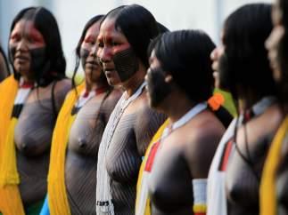 Ceremonia de los indígenas brasileños para Río+20