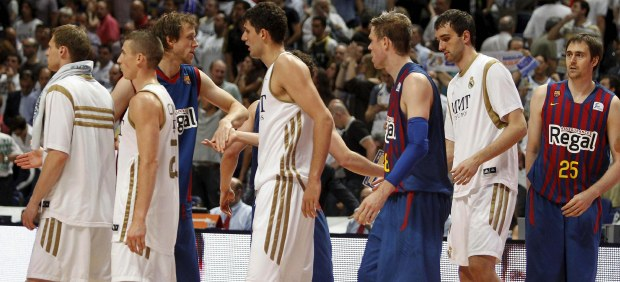 Madrid y Bar�a de baloncesto