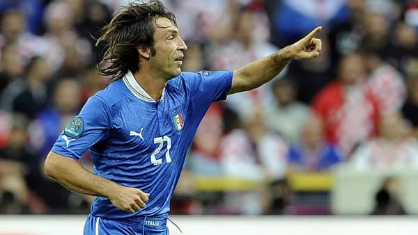 Pirlo con Italia